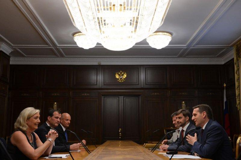 Rusia financia a Le Pen y a otros partidos deultraderecha