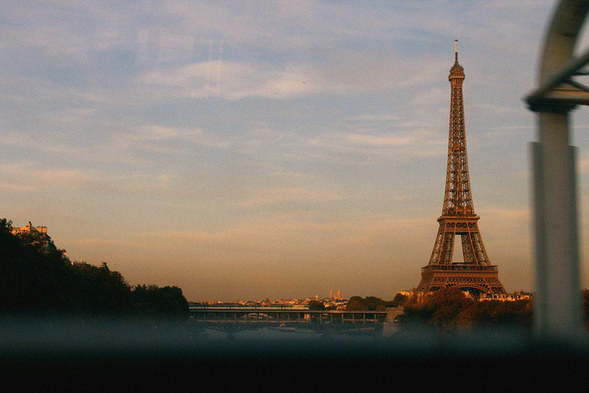 El turismo extranjero cae un 20% París tras los atentados y lashuelgas